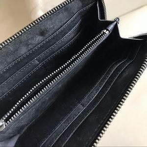 Tory Burch Bags - New TORU BURCH Women's Leather Wallet